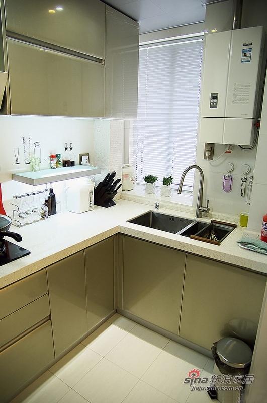 简约 二居 厨房图片来自用户2737759857在潮女6万打造95平简约家庭影院25的分享
