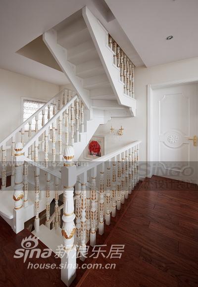 欧式 复式 客厅图片来自用户2772873991在保利叶上海53的分享