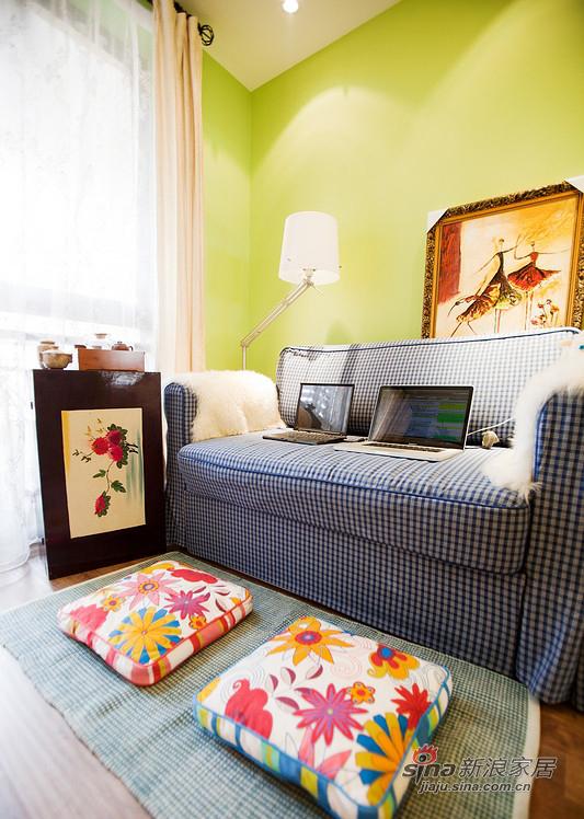 美式 三居 客厅图片来自用户1907686233在【高清】110平清爽美式混搭3居室30的分享