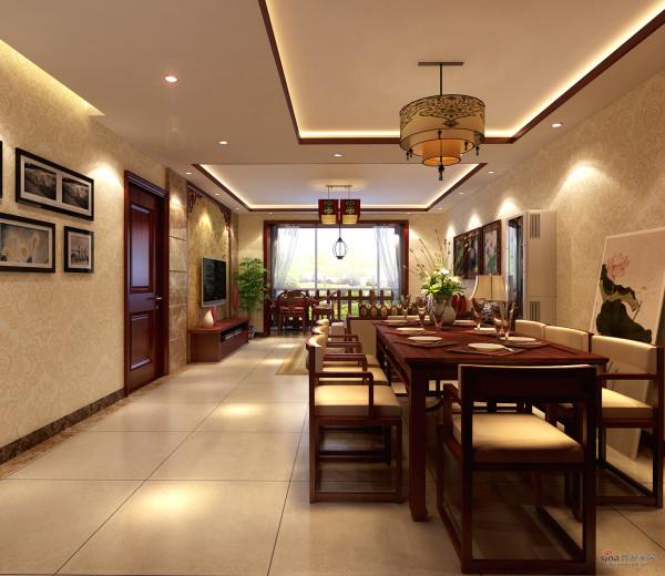 空间比较宽敞,设置八人餐桌