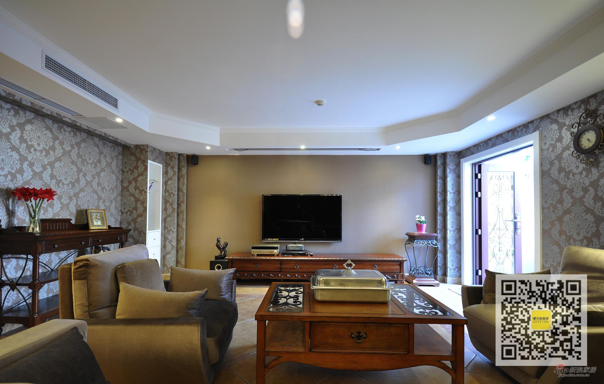 欧式 别墅 客厅图片来自用户2746948411在燕西台欧式新古典别墅装修设计31的分享