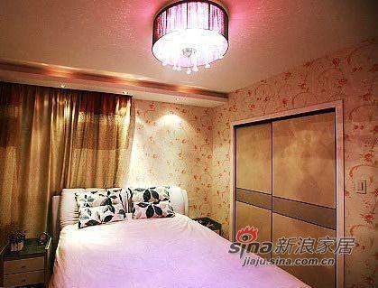 简约 三居 客厅图片来自用户2738093703在8万装修120平米婚房 入户花园点缀温馨家57的分享