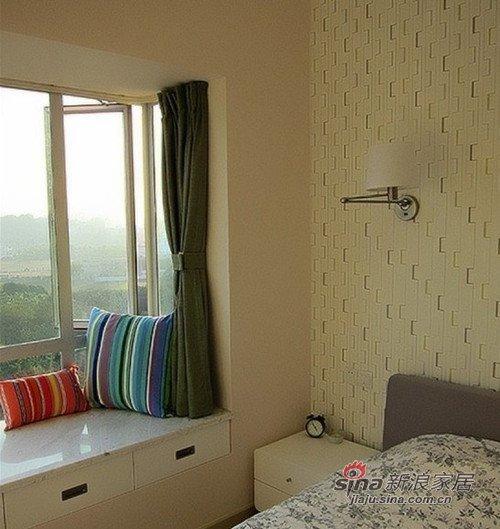 美式 二居 卧室图片来自用户1907686233在小夫妻60平美式简约两居室11的分享