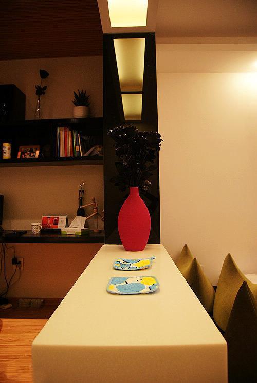 简约 一居 餐厅图片来自用户2738813661在4.5万装40平时尚简约小户型81的分享