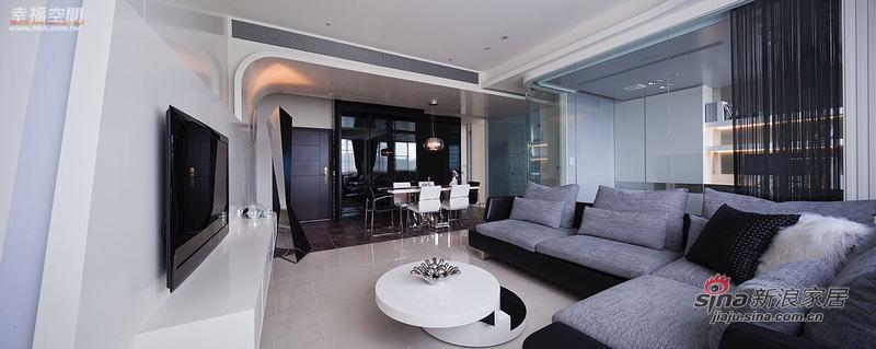 现代 四居 客厅图片来自幸福空间在省钱夫妻精装102P现代居室50的分享