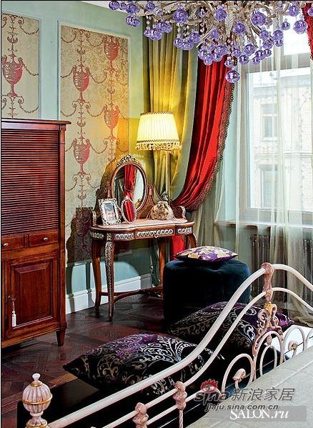 欧式 三居 卧室图片来自用户2772856065在熟女奢华红色魅惑香闺90的分享