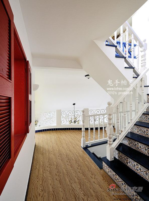 地中海 复式 楼梯图片来自用户2757320995在220平慵懒午后时光 恬淡地中海复式20的分享