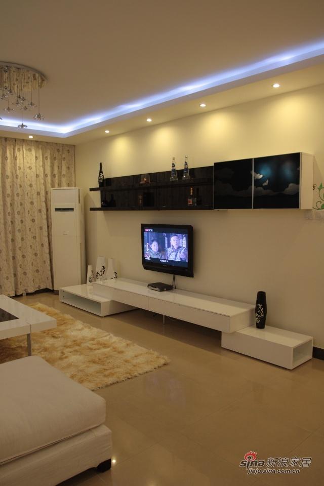 简约 二居 客厅图片来自用户2737759857在客厅局部改造88的分享