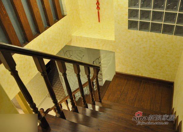 中式 三居 楼梯图片来自用户1907658205在135平东南亚与中国风奇妙混搭99的分享