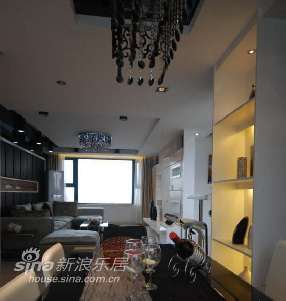 地中海 四居 客厅图片来自用户2757320995在现代前卫风格-马可波罗10的分享