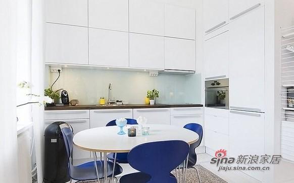 简约 一居 餐厅图片来自用户2557979841在百变大咖秀40平蓝白极简公寓21的分享