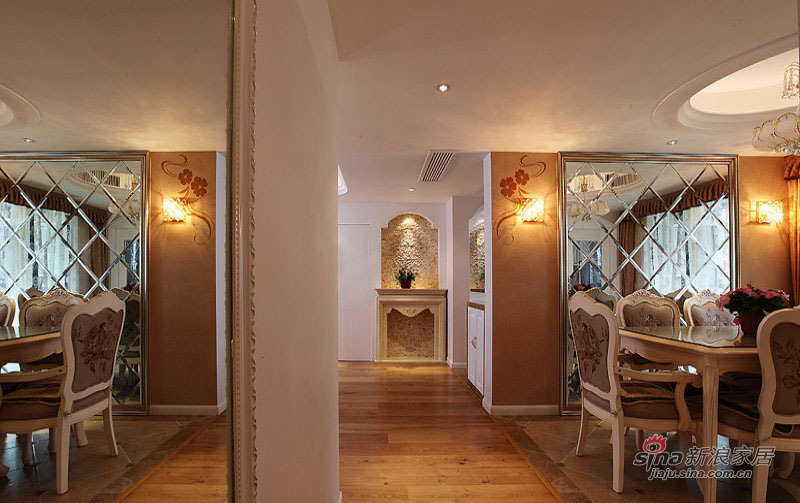欧式 三居 餐厅图片来自装修微日记在【高清】9万打造124平欧式风情三居49的分享