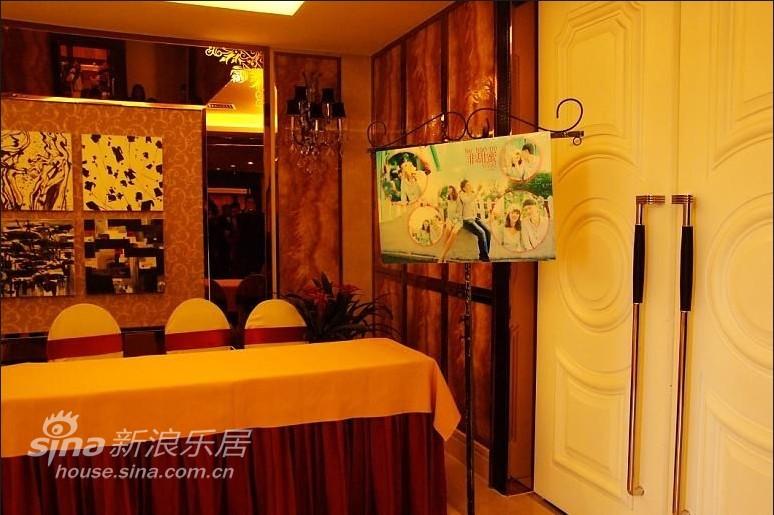 欧式 别墅 客厅图片来自用户2746953981在婚房10的分享