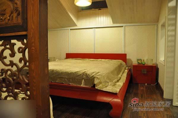 中式 三居 卧室图片来自用户1907658205在135平东南亚与中国风奇妙混搭99的分享