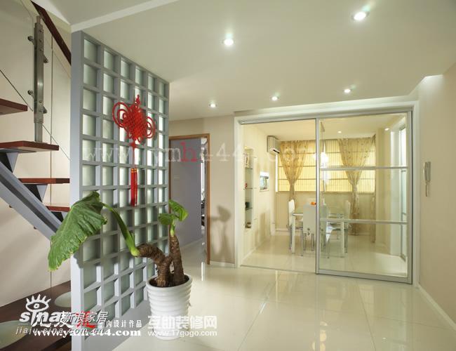 简约 一居 餐厅图片来自用户2739081033在轻纱曼舞的简约空间41的分享