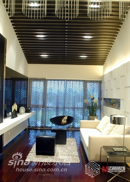 简约 三居 客厅图片来自用户2737950087在凉爽秋日时尚大气简约风袭来13的分享