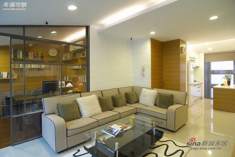 简约 复式 客厅图片来自幸福空间在2个人的79P清新自然复式公寓94的分享