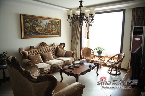 欧式 二居 客厅图片来自用户2757317061在6.8万打造80平2居简欧风40的分享