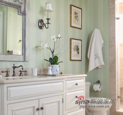 Hers浪漫法式洗手台前的欧式镜子