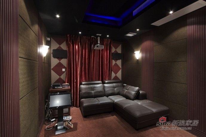 欧式 别墅 卧室图片来自用户2557013183在西山壹号院350平米独栋欧式奢华别墅设计68的分享