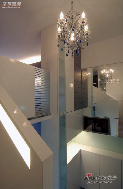 简约 复式 楼梯图片来自幸福空间在积极规划60平米舒宜居复式家84的分享