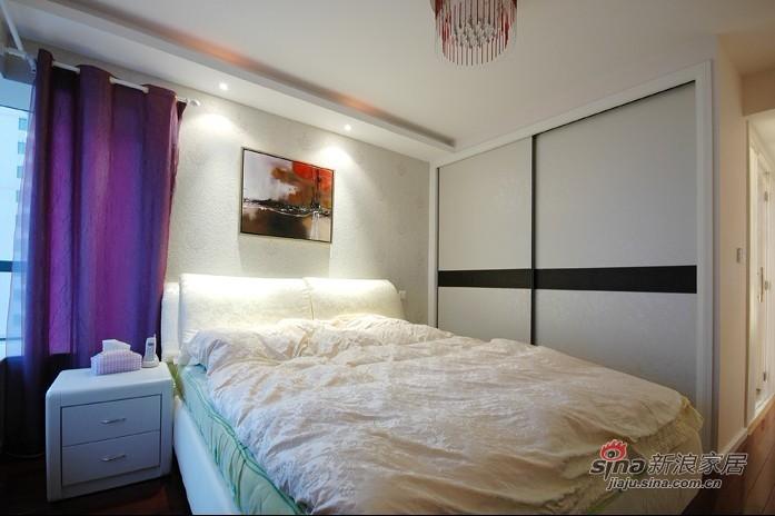 简约 三居 卧室图片来自用户2737786973在实景8.8万打造130平现代简约四口之家71的分享