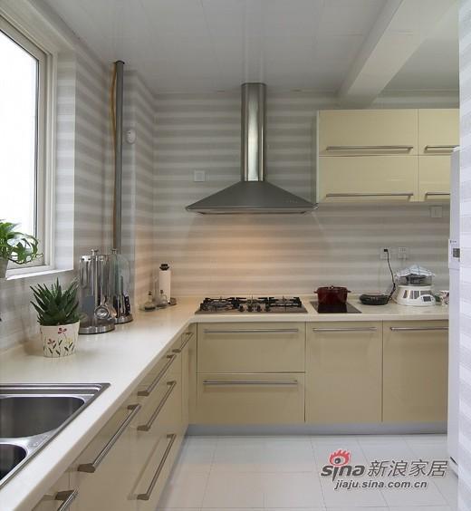 中式 三居 厨房图片来自用户1907658205在【高清】9万营造107平新中式儒雅居29的分享