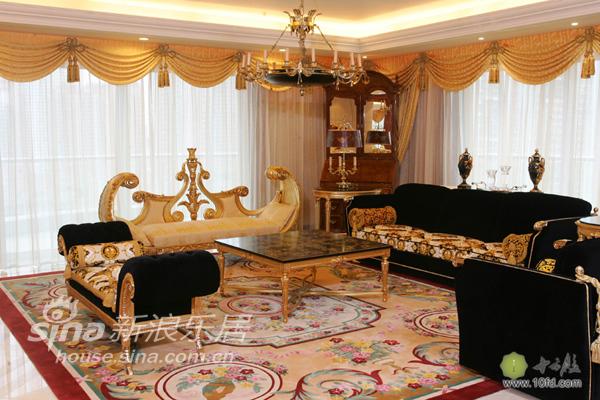 欧式 复式 客厅图片来自用户2746869241在耀眼太阳王33的分享
