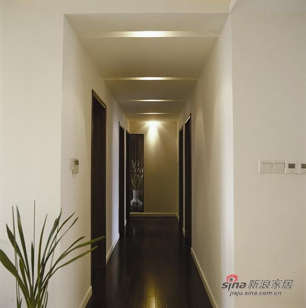 简约 三居 客厅图片来自用户2745807237在7.4万打造润枫欣赏120平米现代简约完美爱家29的分享