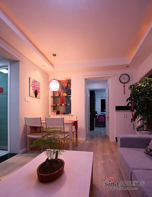 简约 二居 客厅图片来自用户2737782783在80后小夫妻5万装65平简约婚房35的分享