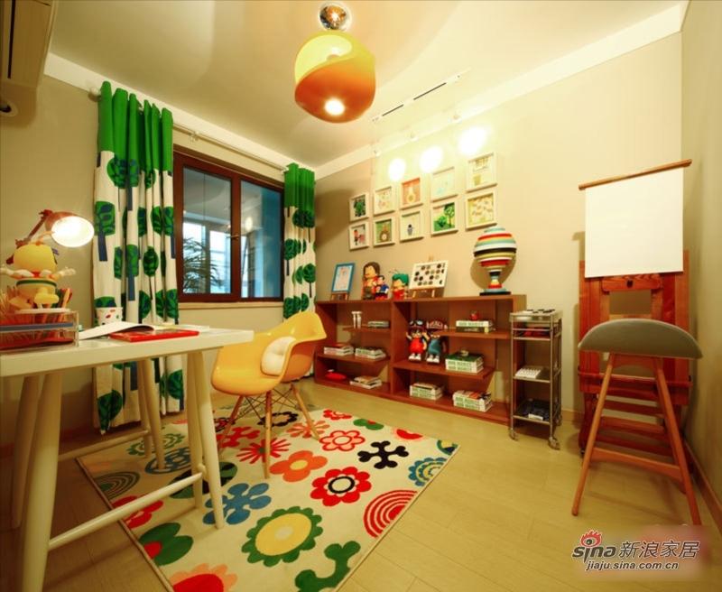 现代 三居 客厅图片来自用户2375967697在时尚现代精装典范 新婚夫妇好选择64的分享