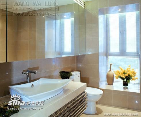 简约 三居 卫生间图片来自用户2737735823在木纹的世界23的分享