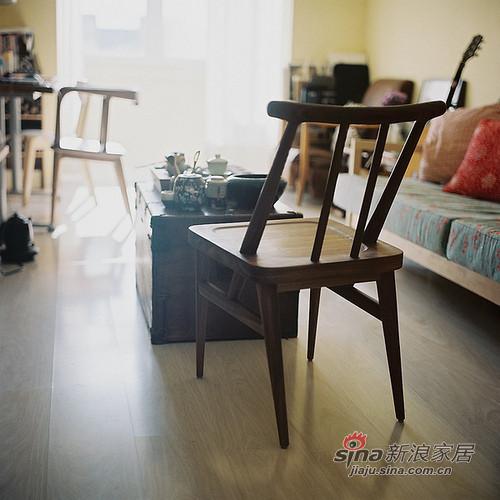 纯木质的家具,本身就充满了文艺范儿