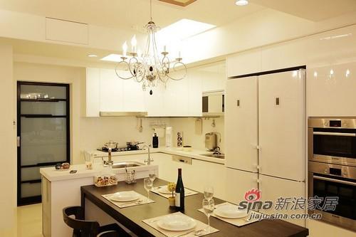 简约 三居 餐厅图片来自用户2739153147在墙面玩收纳 留白让生活更精彩20的分享