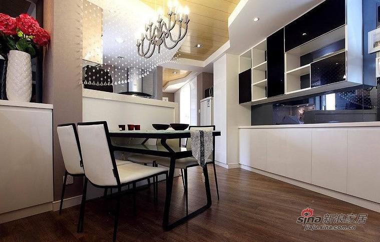 欧式 二居 餐厅图片来自用户2745758987在爱人18万装86平黑白低奢华婚房14的分享