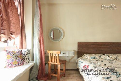 中式 三居 卧室图片来自用户1907658205在7万装123平中式淡雅新婚居72的分享