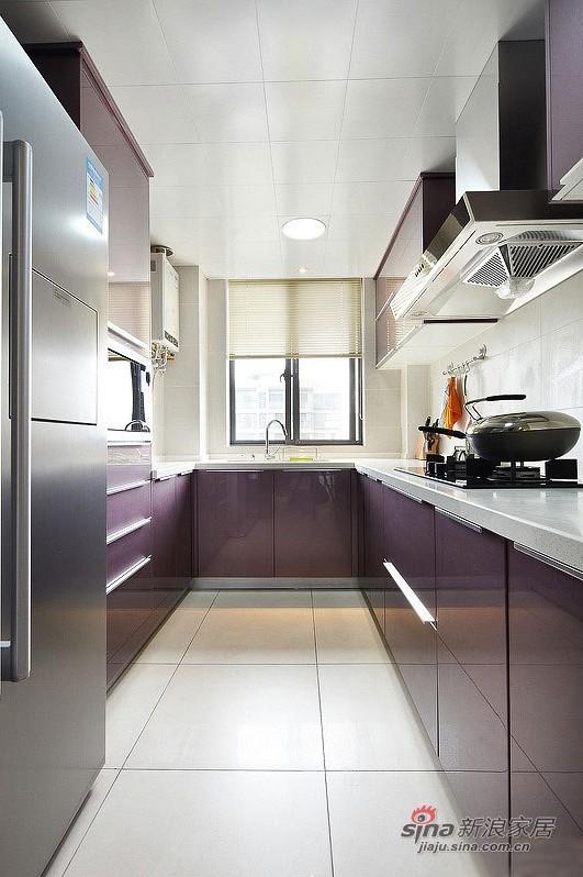 简约 三居 厨房图片来自用户2737735823在11万打造108平方时尚简约三居室30的分享