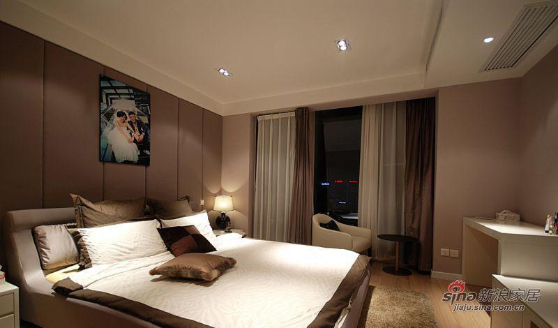简约 二居 卧室图片来自佰辰生活装饰在走进86平时尚明快三口之家98的分享