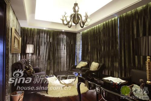 欧式 别墅 客厅图片来自用户2746889121在黑白交错69的分享