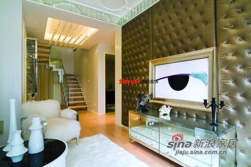 简约 跃层 客厅图片来自用户2739081033在丽都壹号LOFT户型演绎低调的奢华37的分享