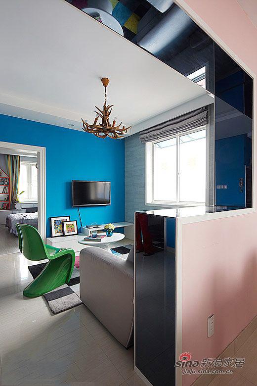 简约 二居 客厅图片来自用户2737786973在58平米老房翻新 标准二居设计59的分享