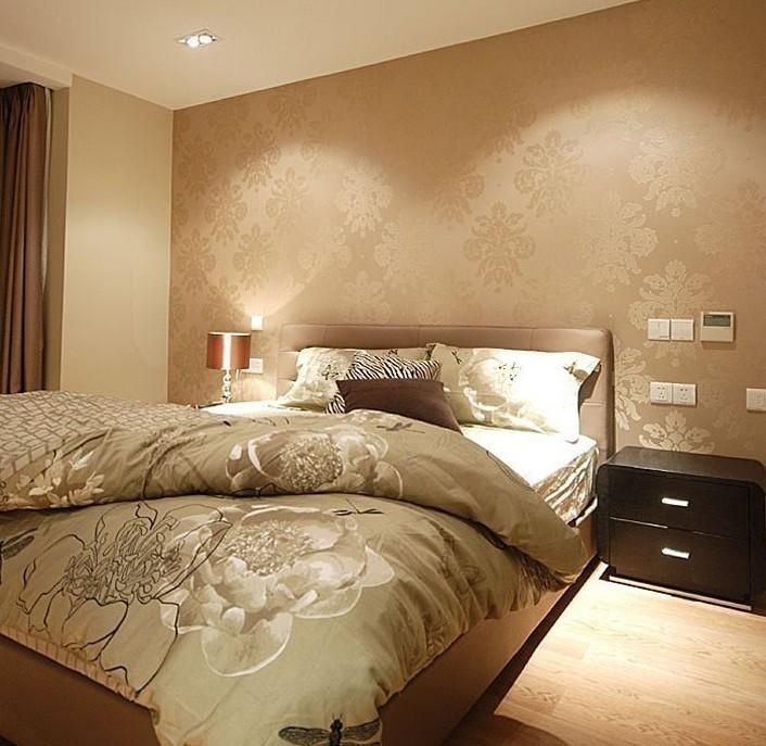 简约 三居 卧室图片来自用户2558728947在6.2万巧装现代简约三居室爱家48的分享