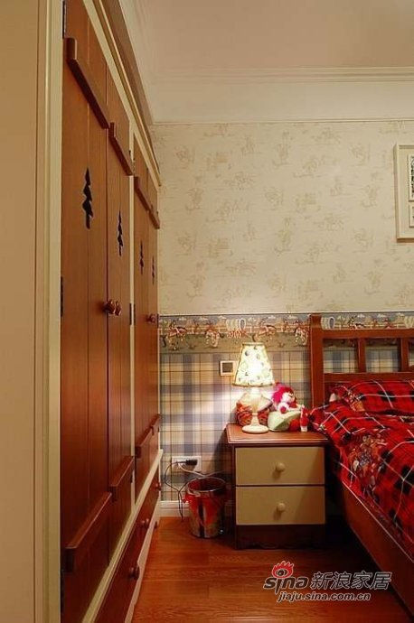 欧式 三居 卧室图片来自用户2757317061在【多图】简欧风情美家66的分享