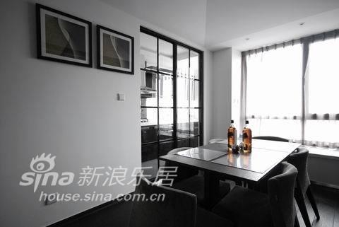 简约 二居 客厅图片来自用户2737950087在奥邦设计——简约86的分享