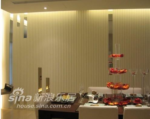 简约 三居 客厅图片来自用户2739153147在大炎演绎-新古典32的分享
