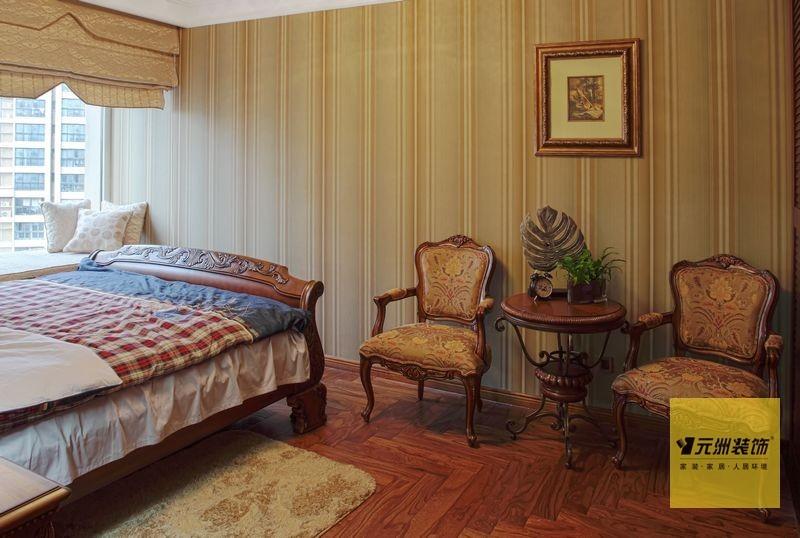 美式 三居 卧室图片来自用户1907685403在北京160平米典雅美式风格实景图43的分享