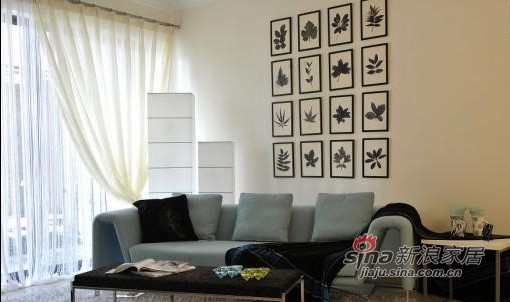 简约 三居 客厅图片来自用户2738813661在70平米的阳光现代氧气三居16的分享