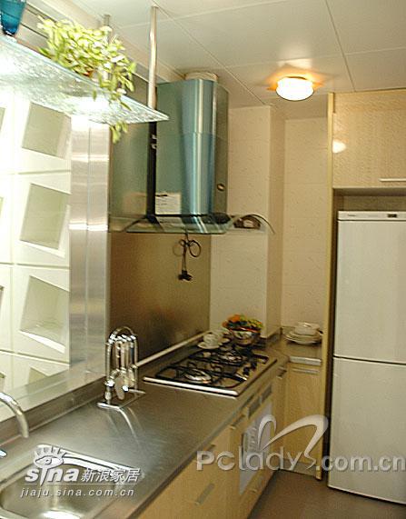 简约 二居 厨房图片来自用户2738093703在属于两个人的76平米样板间11的分享