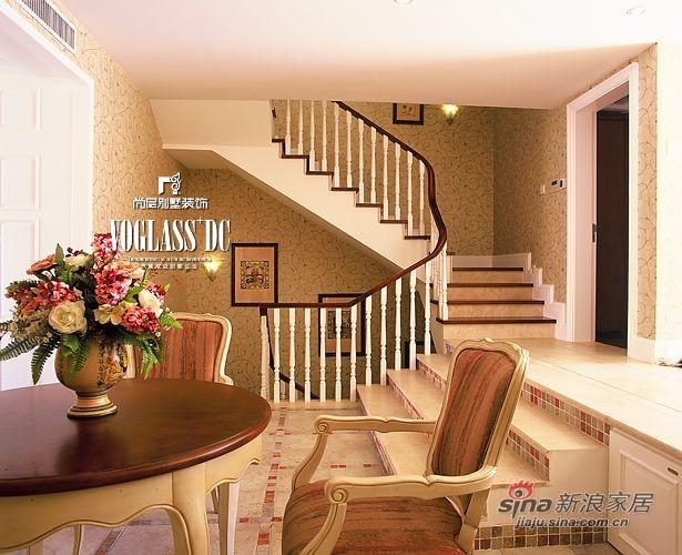 美式 别墅 楼梯图片来自用户1907686233在【多图】中年夫妻170平美式乡村空间24的分享