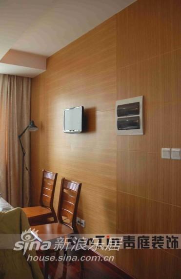 简约 三居 客厅图片来自用户2737950087在青庭装饰样板房之太湖城邦87的分享